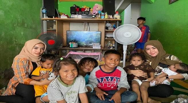 Rela Datang Dari Medan Demi Bertemu Anak Yatim Piatu